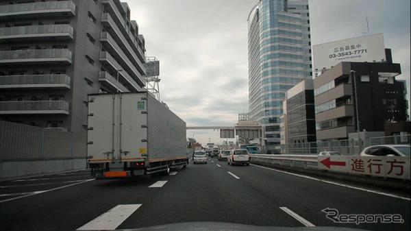 首都高速走行時のフロント4Kカメラ映像イメージ(合流時)《写真提供 ZMP》