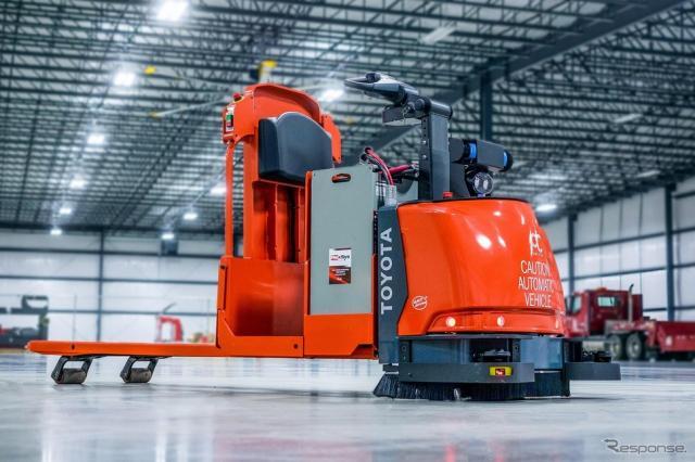 北米向け新型自動物流車両《写真提供 豊田自動織機》