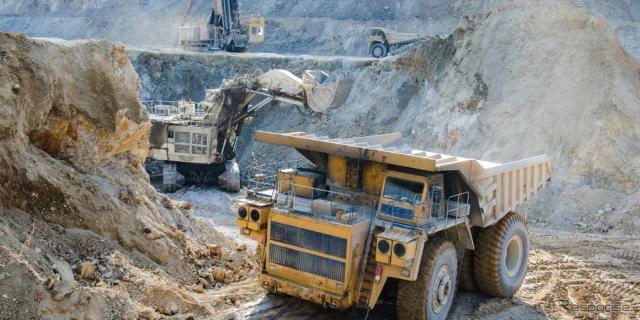 鉱山(イメージ)《photo by SmartCap Technologies》