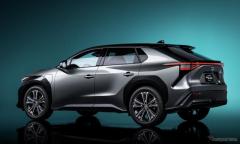トヨタ、2030年にBEVとFCEVの販売を200万台に…新たな電動化計画公表