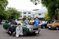 公開授業に合わせてヒストリックカーが集結…埼玉自動車大学校