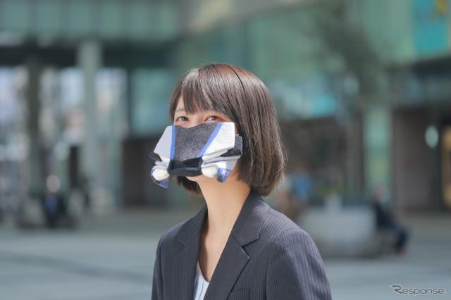 YZF-R1Mマスク(羊毛フェルト)《写真提供 ヤマハ発動機》