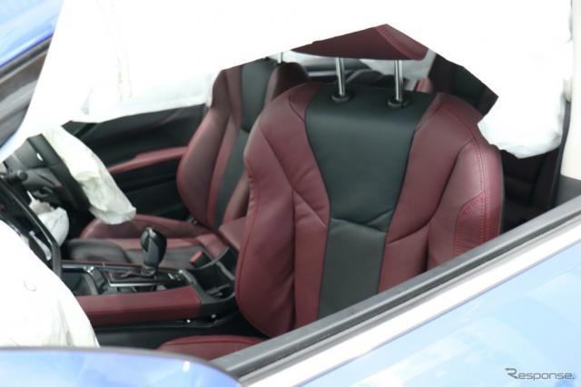 シートベルト非着用の後席乗員によって破壊された助手席《写真撮影 中尾真二》