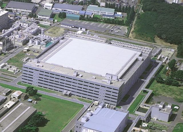 ルネサス那珂工場(300mm製造ライン、資料)《写真提供 ルネサス》