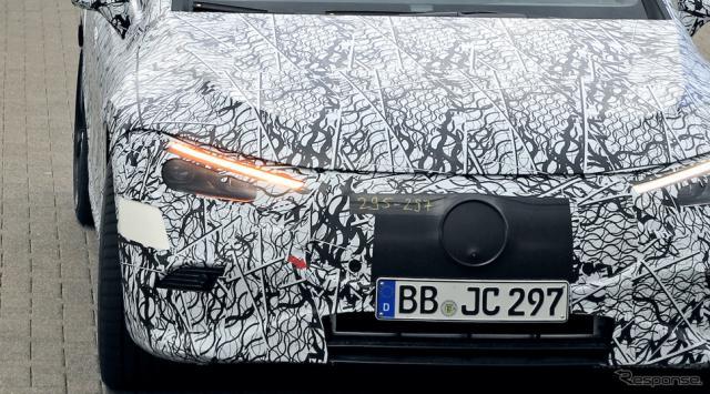 メルセデス AMG EQE プロトタイプ(スクープ写真)《APOLLO NEWS SERVICE》