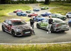 アウディ RS3 新型、スポーツバックとセダンを開発中…プロトタイプの写真