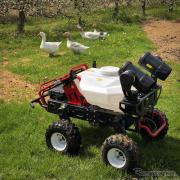 世界初の量産型・農業用無人車 バイエルとXAGジャパンが発売