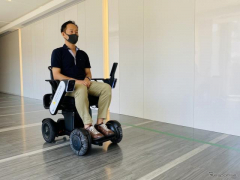 国内3病院で「WHILL自動運転システム」実証実験、パーソナルモビリティで患者の移動を支援
