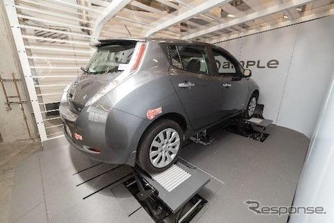 EVの蓄電池交換《画像提供 ENEOSホールディングス》