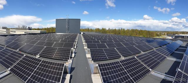 太陽光パネルを設置したスウェーデン工場《写真提供 豊田自動織機》