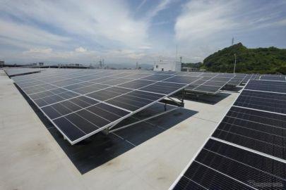 マツダ、太陽光発電設備を本社工場に導入…MX-30 EV の充電などに供給