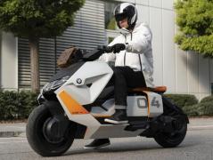BMWモトラッド、電動コンセプトスタディ2車種発表へ…IAAモビリティ2021