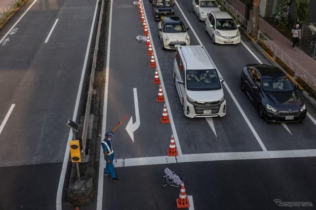 東京2020オリンピック、東京スタジアム近くでの交通規制(7月25日)《Photo by Carl Court/Getty Images News/ゲッティイメージズ》