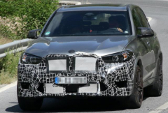 """""""バイエルンの野獣""""BMW X5M 改良新型、ついに最終コンポーネント装着"""