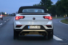 VW T-Rocカブリオレが初の改良へ、新デザインLEDでスポーティさ強調