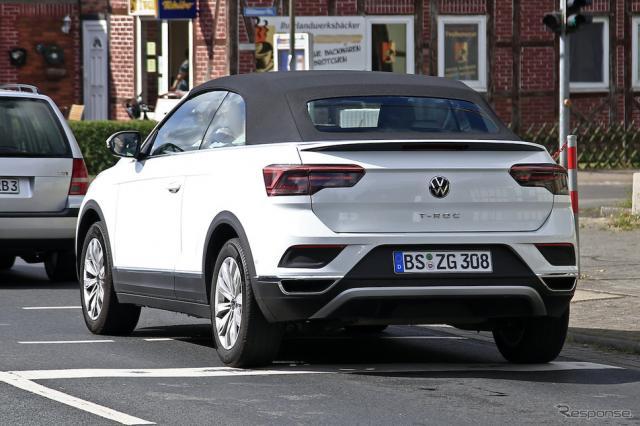 VW T-Rocカブリオレ 改良新型プロトタイプ(スクープ写真)《APOLLO NEWS SERVICE》