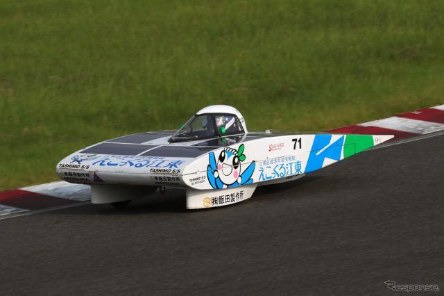 4時間レース総合3位のSTEP江東《写真撮影 竹内英士》