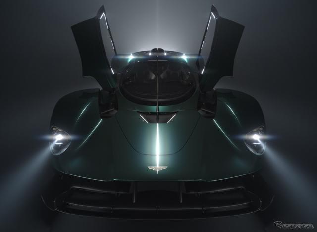 アストンマーティンの新型車のティザー写真《photo by Aston Martin》