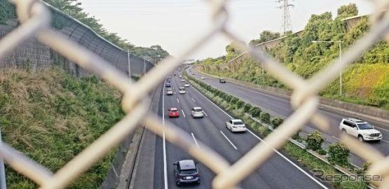 お盆期間の高速道路における平均日交通量、コロナ前と比べて62%に減少
