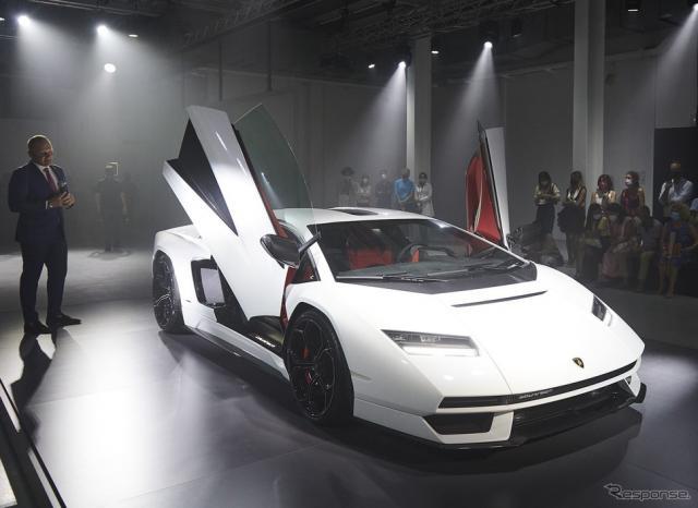 ランボルギーニ・カウンタック LPI 800-4(ミラノデザインウィーク2021)《photo by Lamborghini》