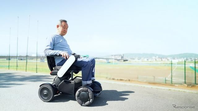 自動車運転免許を返納後の認知症発生を抑止か…電動車いす操作で