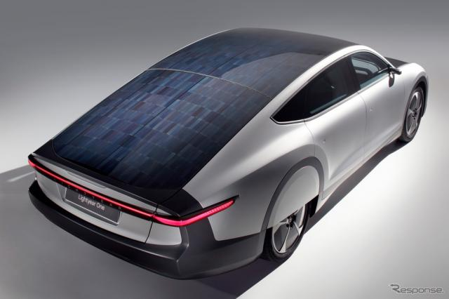 ブリヂストン、Lightyear社の太陽光発電型EV向けに特別仕様タイヤを開発 (4月)《写真提供 ブリヂストン》