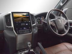 トヨタ ランドクルーザー200に市販9型ナビ装着、カナックがキット発売