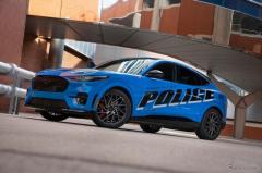 フォード マスタング マッハE、電気自動車で初、米警察の評価テスト合格