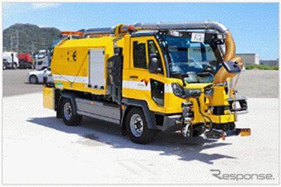 吸引機能付の新型路面清掃車、NEXCO中日本が導入