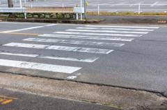 信号機のない横断歩道、止まらない都道府県ワーストは「岡山」