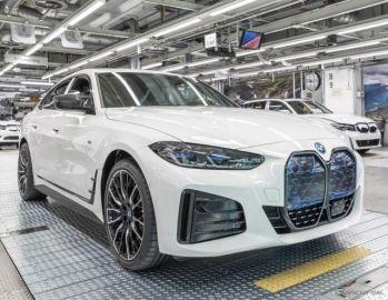 BMW『i4』、4ドアグランクーペEV量産開始…航続は最大590km