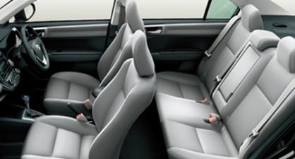 トヨタ カローラアクシオ 1.3X Gエディション (2012年5月モデル)
