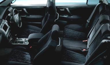 トヨタ クラウンエステート アスリート (2005年12月モデル)