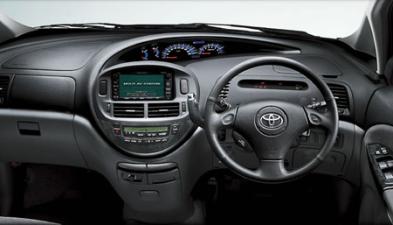 トヨタ エスティマL G (2003年5月モデル)