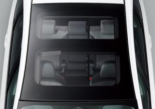 トヨタ プリウスα G (2011年5月モデル)
