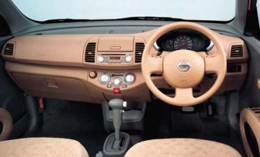 日産 マーチ 12c (2003年7月モデル)