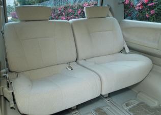 日産 エルグランド V (2004年12月モデル)
