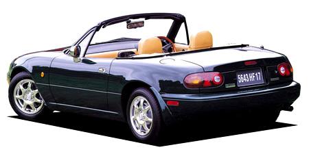 ユーノス ユーノスロードスター スペシャルパッケージ装着車 (1995年8月モデル)
