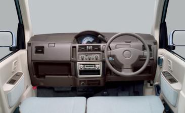 三菱 eKワゴン G (2003年8月モデル)