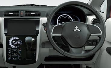 三菱 eKワゴン G e-アシスト (2014年12月モデル)