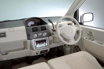 三菱 eKクラッシィ L (2003年5月モデル)