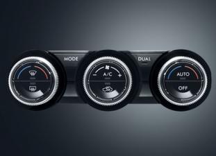 スバル XVハイブリッド ハイブリッド2.0i-L アイサイト (2013年6月モデル)