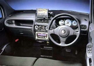 ダイハツ ムーヴ カスタムL (2002年7月モデル)
