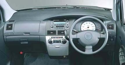 ダイハツ ムーヴ カスタム X (2002年10月モデル)