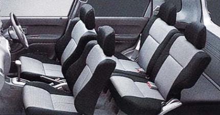 ダイハツ テリオス CL (2000年5月モデル)