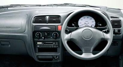 スズキ アルト Lb (2002年4月モデル)