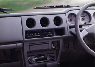 スズキ ジムニー ハードトップ XC (1997年5月モデル)