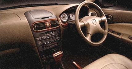 ミツオカ リョーガ デラックス (2001年7月モデル)
