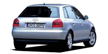 アウディ A3 1.8T (2002年8月モデル)