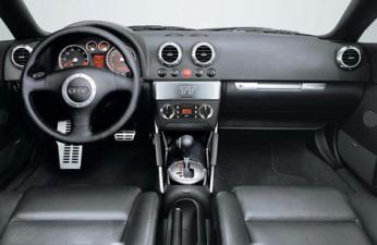 アウディ TTクーペ 3.2クワトロ Sライン (2003年9月モデル)